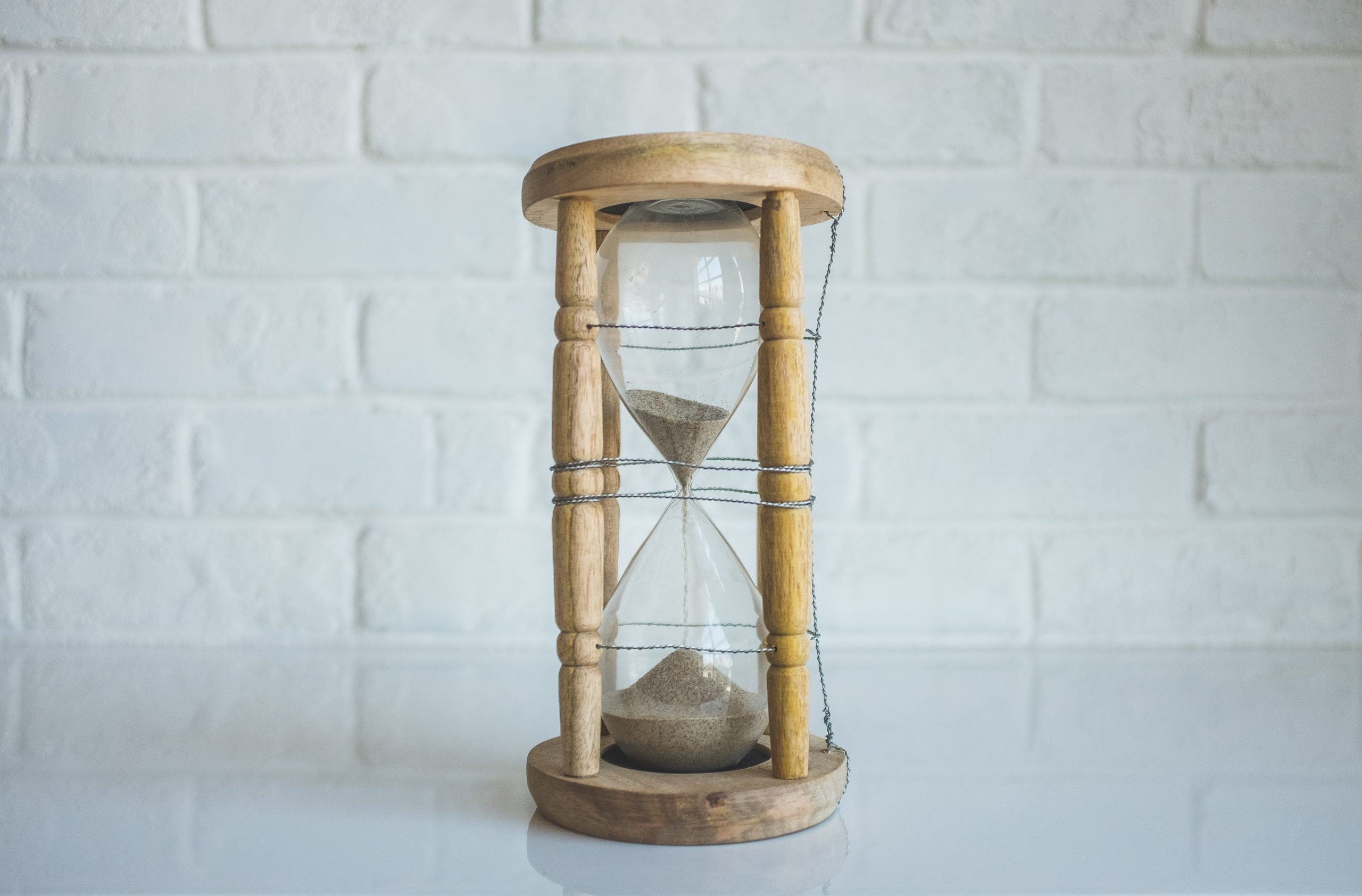 deadline hourglass